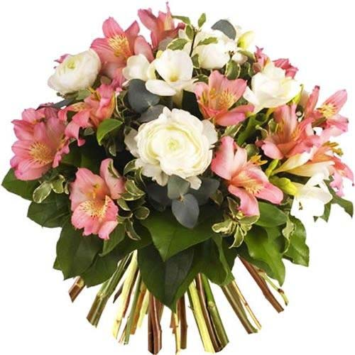 Cheerful Bouquet of Fashionable Flowers